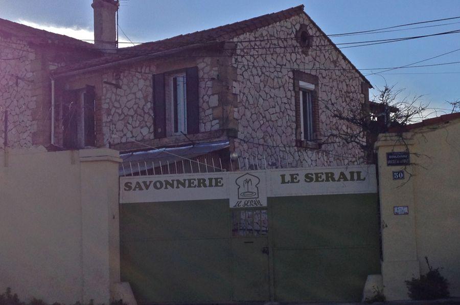 Maison de marseille latest image may contain text with - Maison de la parfumerie ...