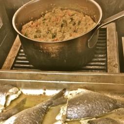 marseillefaitmaison-marseille-fait maison-restaurant-cuisine du monde-cuisine maison-tradition-provence-aux antipodes-rue sainte-plats brésliens-produits frais-tomates-coulisses
