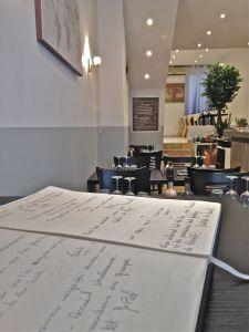 marseillefaitmaison-marseille-fait maison-restaurant-cuisine du monde-cuisine maison-tradition-provence-aux antipodes-rue sainte-plats brésliens-produits frais-tomates-livre d'or