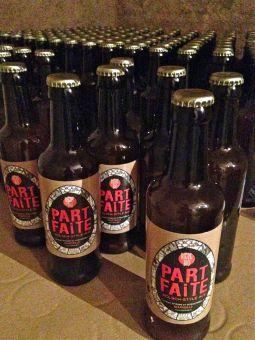 marseillefaitmaison-marseille-fait maison-des suds-part faite-bière bio-bière artisanale-brasserie artisanale-brasserie marseillaise-bière-blonde-fabrication française