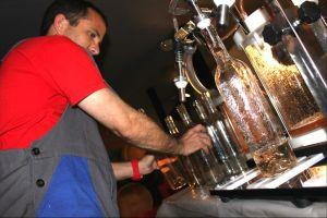 marseillefaitmaison-marseille-fait maison-vin-microcosmos-vignes-chai-vin parcellaire-vinification-provence-roussillon-embouteillage