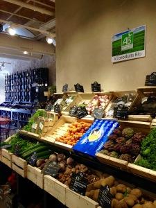 marseillefaitmaison-marseille-fait maison-restaurant-bio-magasin bio-epicerie bio-bar à vin-vegan-végétarien-végétalien-la table be organic-produits frais