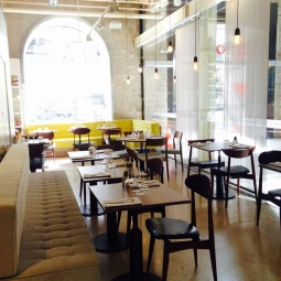 marseillefaitmaison-marseille-fait maison-restaurant-bio-magasin bio-epicerie bio-bar à vin-vegan-végétarien-végétalien-la table be organic