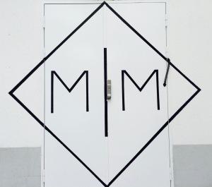 marseillefaitmaisonmake-it-marseille-marseille-creation-coworking-espace-de-travail-ateliers-makers-artisans-espace-partage-logo-mim-porte
