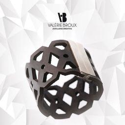 marseillefaitmaison-valerie-broux-bijoux-creatrice-design-collection-plastique-plexiglas-bague-dentelle-marseille