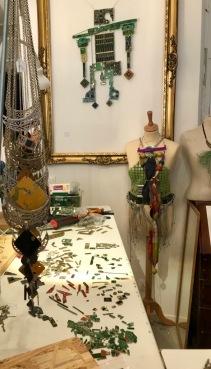 lescigales-marseillefaitmaison-laciotat-boutique-atelier-couture-creatrices-bijoux-broderie-prêt a porter- la ciotat-vêtements-boucles d'oreille-ba cuh ca-marque locale-construction-