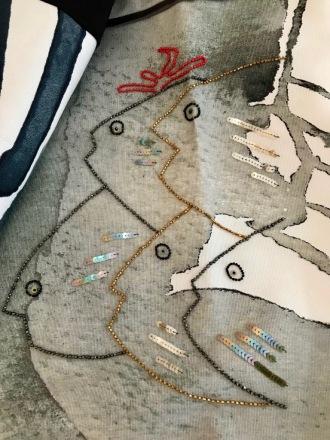lescigales-marseillefaitmaison-laciotat-boutique-atelier-couture-creatrices-bijoux-broderie-prêt a porter- la ciotat-vêtements-mode-broderie-lysart-corail-jupe-poissons-perles